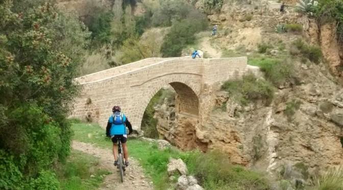 Chelva y el puente invisible